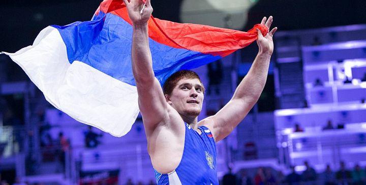 Золото Олимпиады в греко-римской борьбе у России!